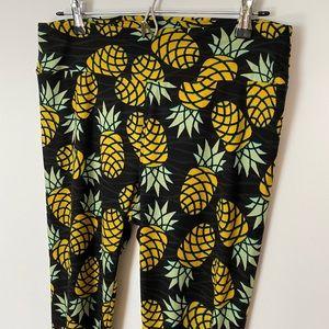 Lularoe Pineapple Leggings Tall & Curvy